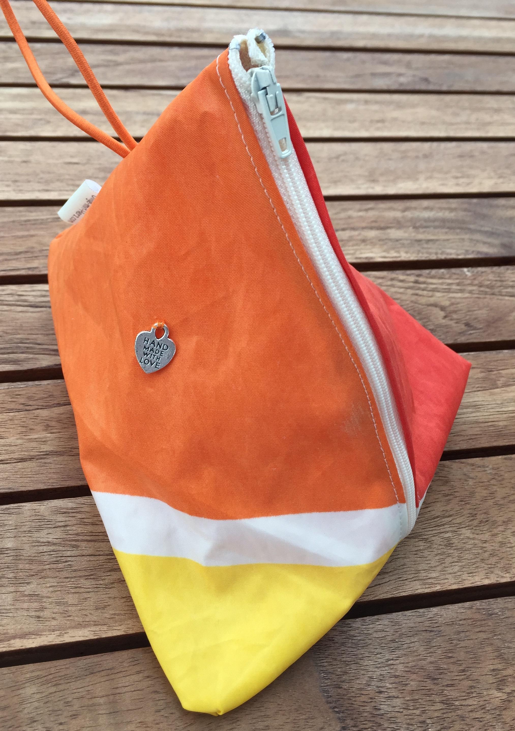 Neu in der Taschenfamilie: TRIANGOLO die kleine Tasche aus gesegeltem Segel
