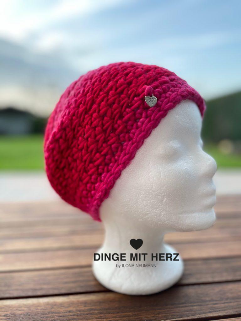 Dinge mit Herz Mütze Cento Damenmütze Wolle Merinowolle Häkelmütze Handmade pink rot