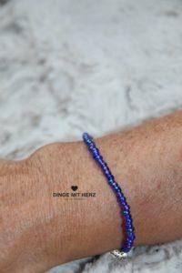 DINGE MIT HERZ Armband MINI royalblau schimmernd