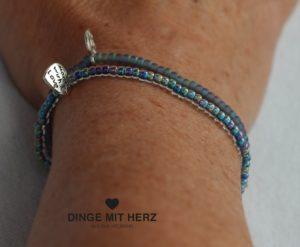 DINGE-MIT-HERZ Armband Mini blau grüne Töne schimmernd und matt DUO