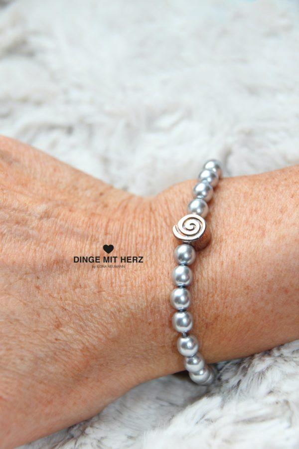 DINGE MIT HERZ Armband Sommer Sale silber hellgrau mittel Silberelement