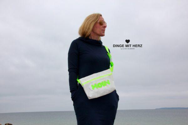 Tasche aus gesegeltes Segel offwhite grün